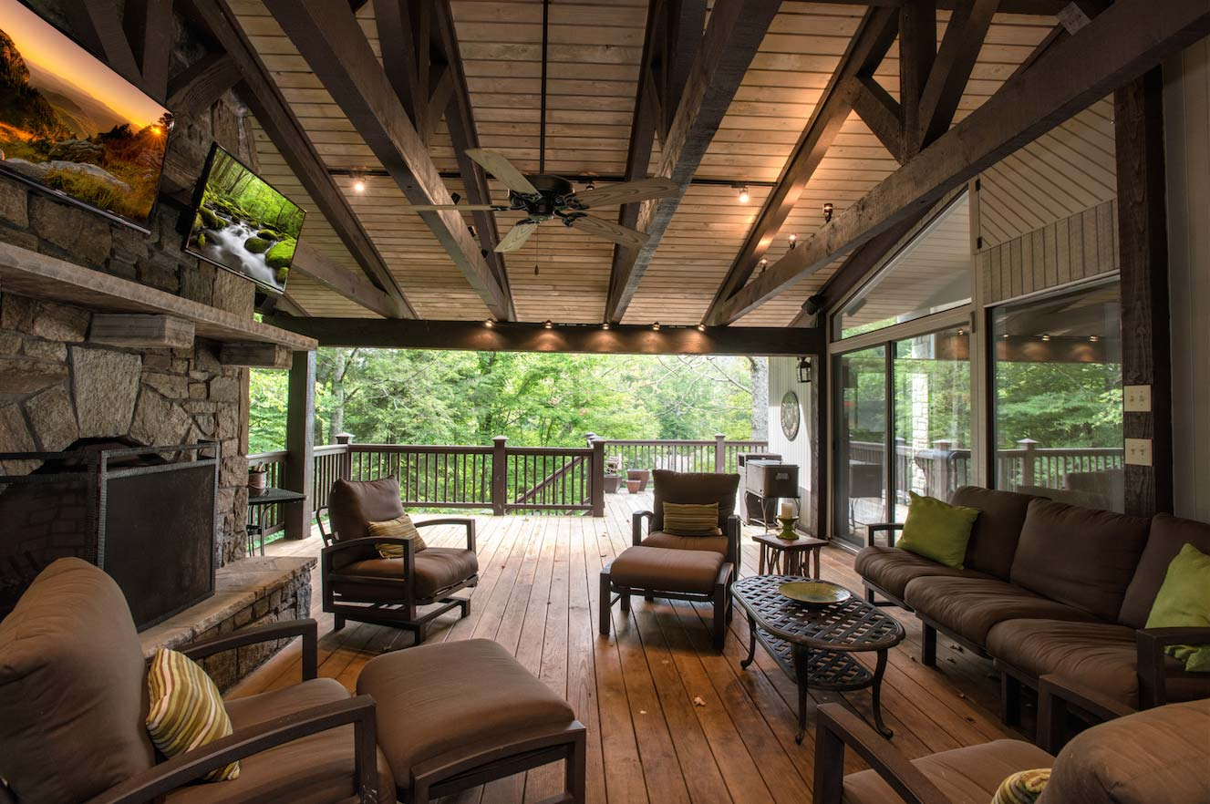 Indoor outdoor porch